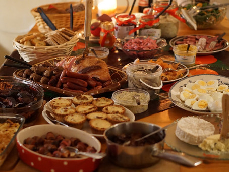 Holiday Meals -- To Avoid Overeating, Listen to Your Gut