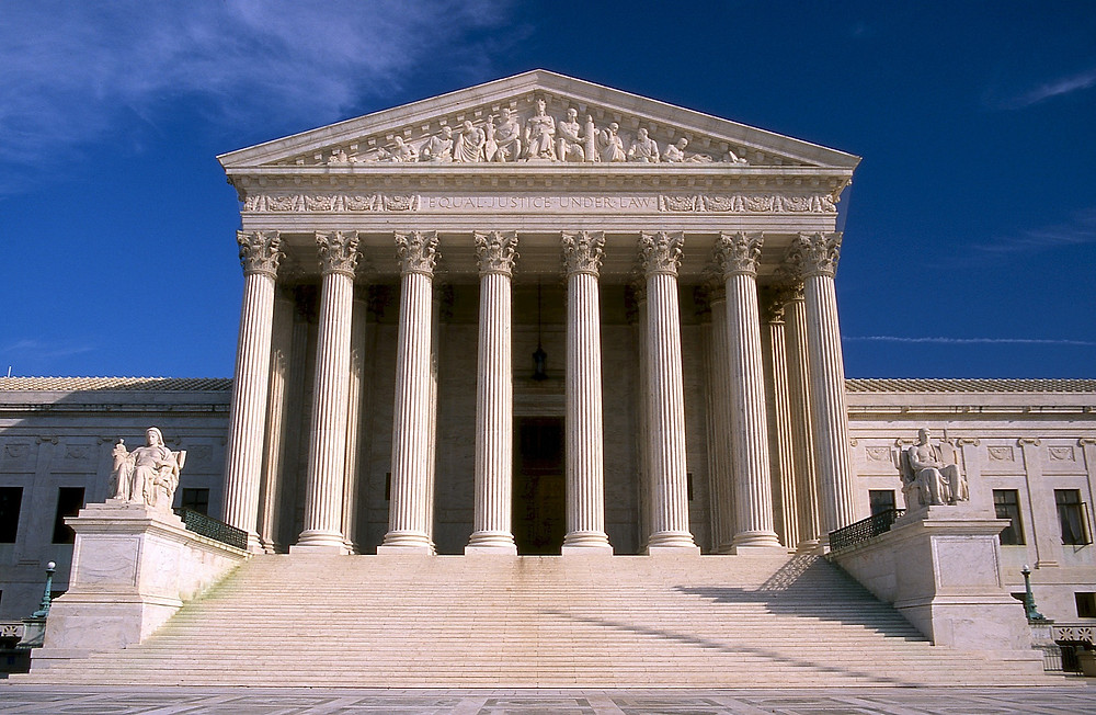 Supreme Court image by skeeze from Pixabay