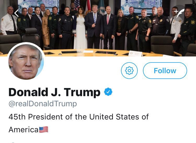 Trump gives thumbs up with first responders following Parkland massacre.