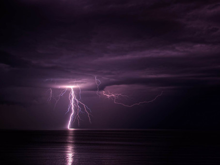 Pic of the Week: Lightening on the Lake