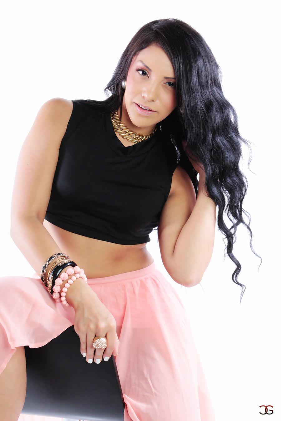 Koraima Guzman Official Model Portfolio website | Wix com