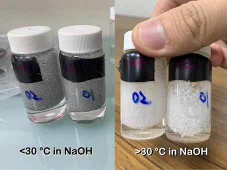 Basenresistentes thermochromes Pigment/ Base-resistant thermochromic pigment