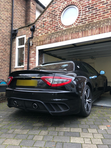 Mobile Luxury And Supercar Servicing. Di