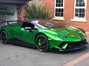 Supercar Servicing, Lamborghini Performante Service. Mobile Supercar Servicing, Ferrari, Maserati, Rolls Royce, Aston Martin, Porsche Servicing and Repair
