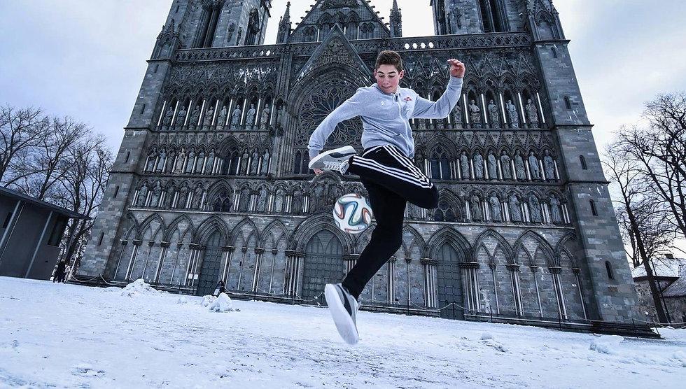 snow freestyle.jpg