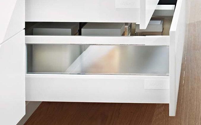 GD | Frostet glass på skuffesider i kjøkken med skuffer