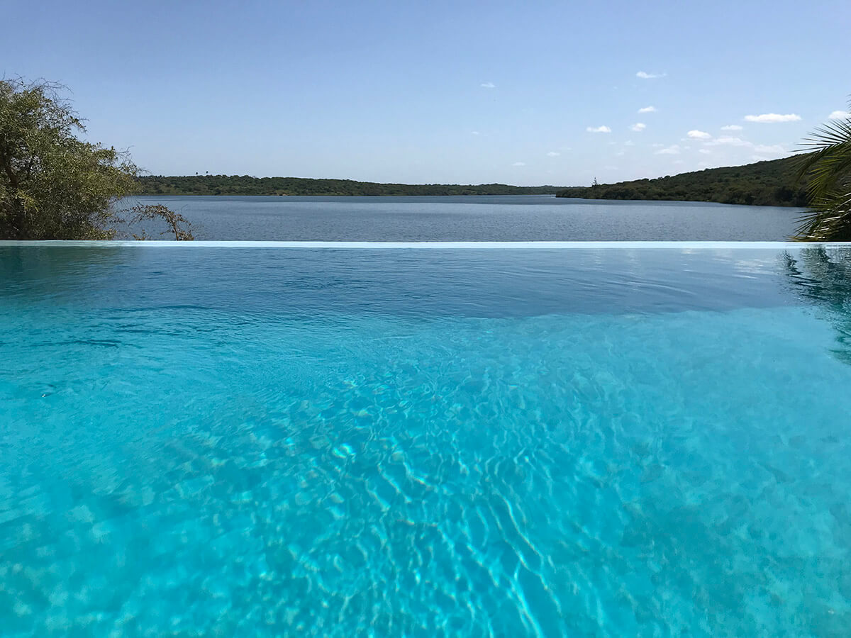 Naara-Eco-Lodge-Infinity-Pool