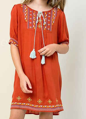 EMBROIDERED TUNIC DRESS W/ TASSLE