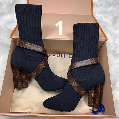 Silhouette Fashion Monogram Boots