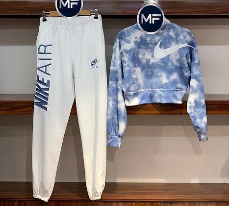Nike Crop Fashion sweats