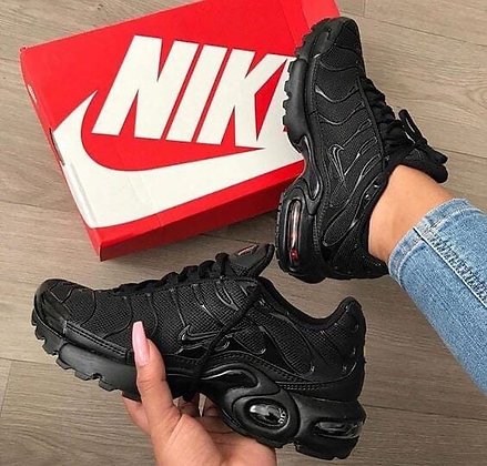 Vapormax Plus TM