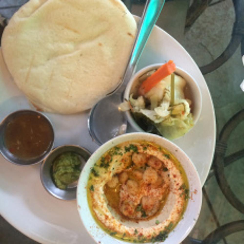 Hummus platter at Artjuna