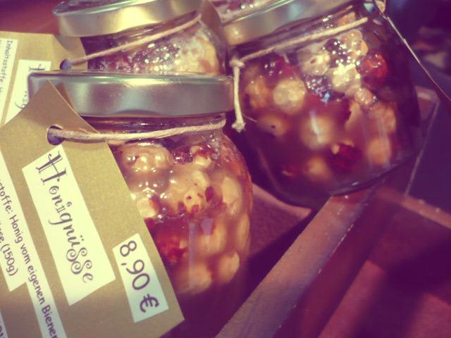 Honig-Nüsse