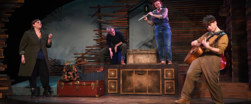 The Traveller: Heidi Guzman The Man: Colton Pratt The Woman: Tracy Taylor The Musician: Jack English
