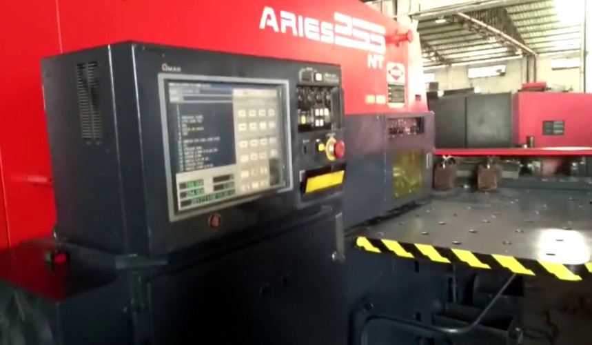 CNC AMADA TURRET PUNCH aries 255