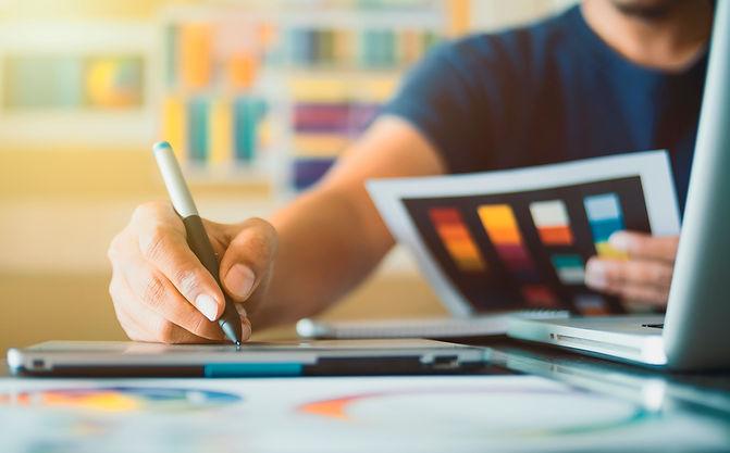 Graphic designer at studio work Creativi