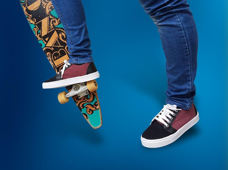 skate recorte azul
