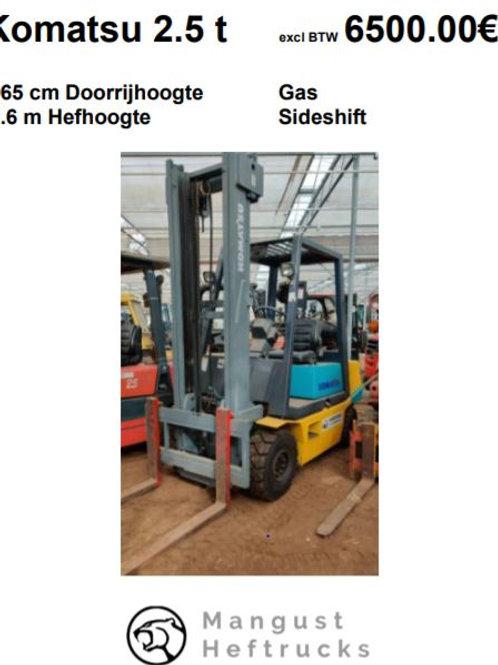 Komatsu 2.5 ton met sideshift