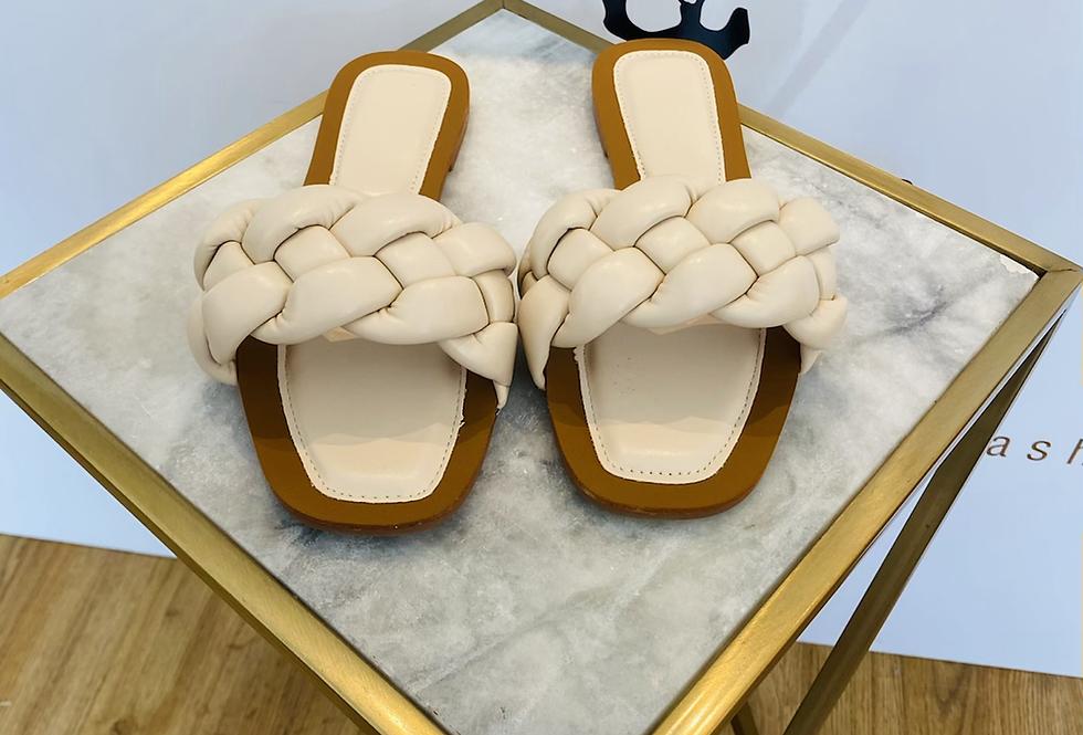 Sandale geflochten offwhite