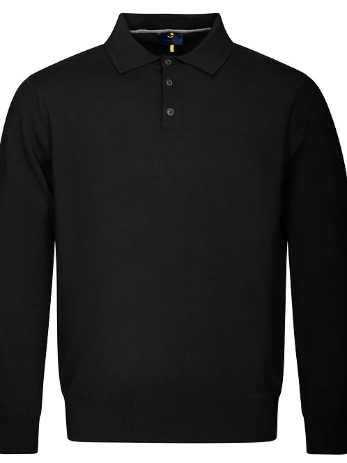 Man's knitted polo shirt