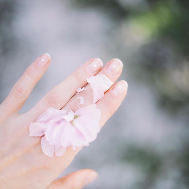 Nails, Hands & Feet