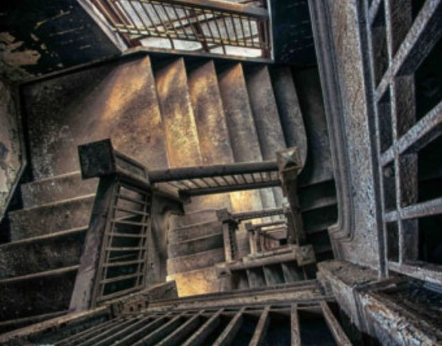 Never ending staircase