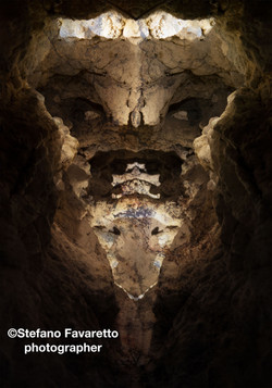 In the cave slate 120x60
