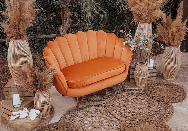 alquiler sofa terciopelo barato.jpg