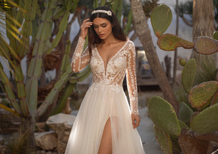 Long sleeve wedding dresses  - they're not just for winter you know?