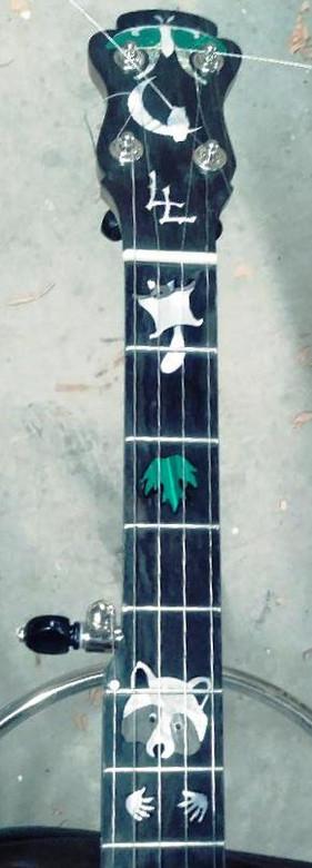 ll banjo 1.jpg