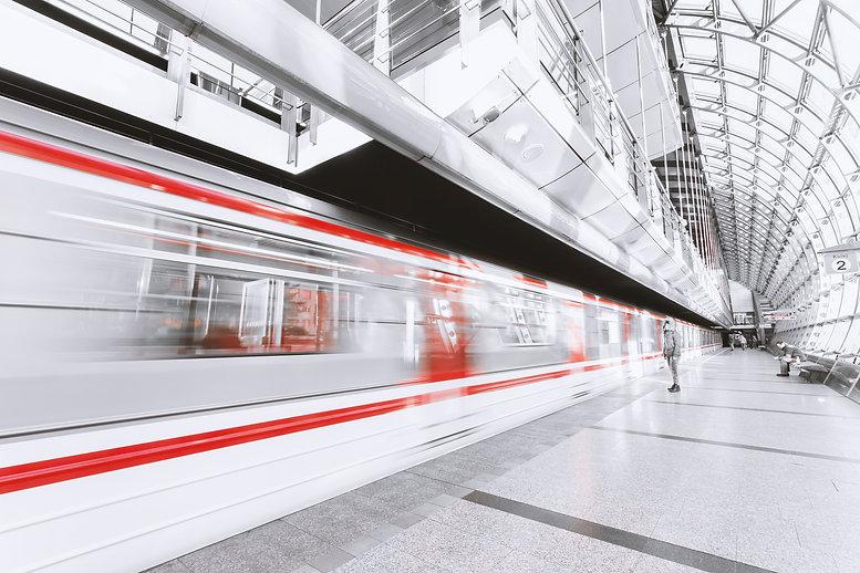 blur-commuter-departure-253647.jpg