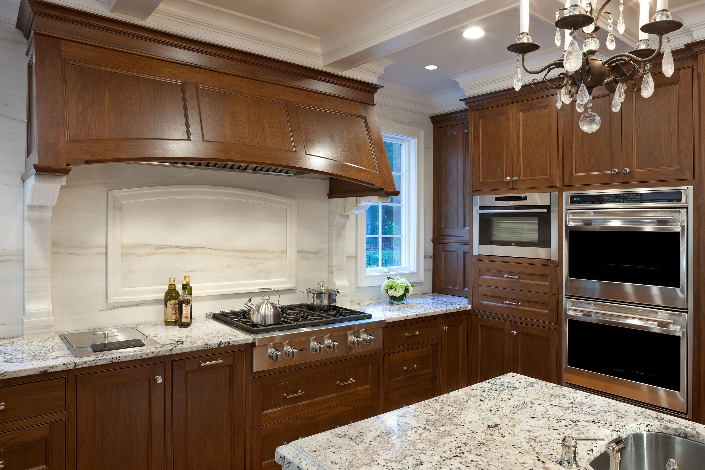 Traditional-Luxury-Kitchen-Hero