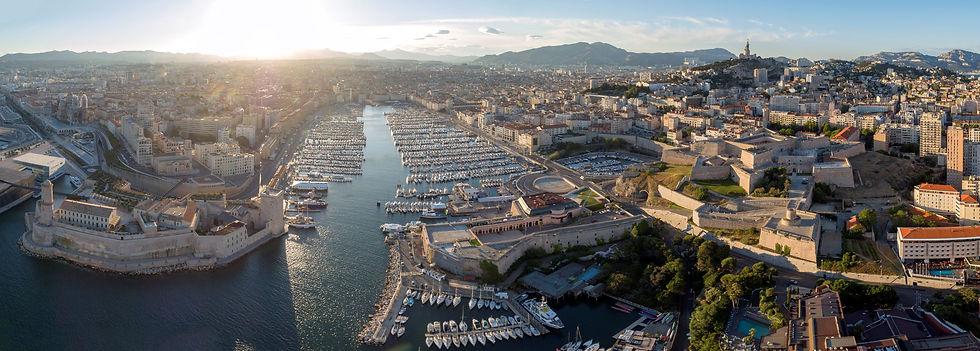 Marseille_vieux_port_Wikimedia.jpeg