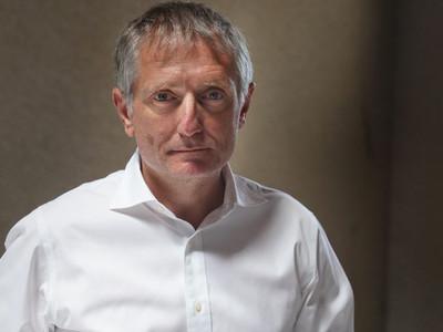 Des tags injurieux devant la porte du mauvais François Crémieux ( directeur de l'AP-HM )