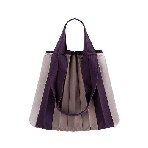 Plissierte Shopper-Tasche aus recyceltem Meeresplastik violett