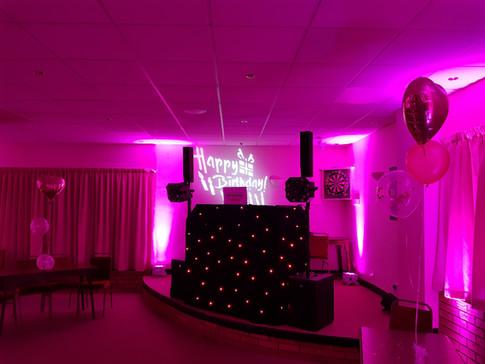 Pink uplit disco