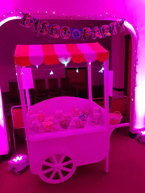 Pink uplit sweet cart