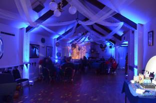 Uplit Room
