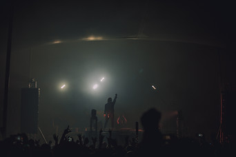 MUSTDIE-PHX-Lights-34.jpg
