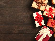 wood-xmas-decoration-gift-box-podarki-le