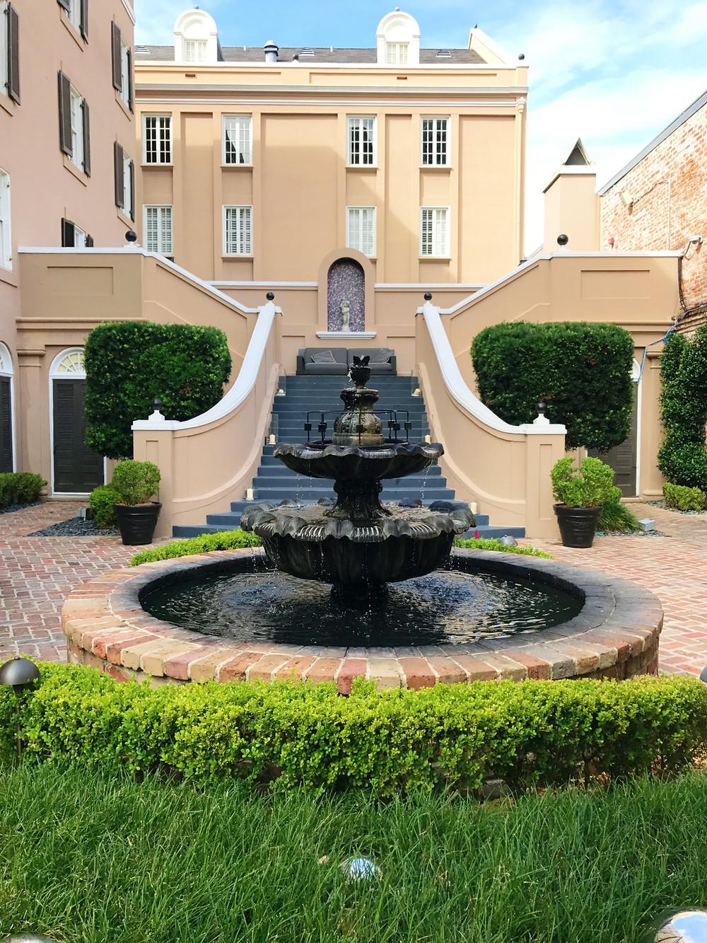 W Hotel French Quarter Courtyard I New Orleans Travel Guide I Nicole Riccardo