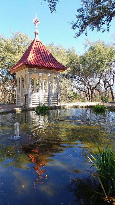 Zilker Botanical Gardens I 33 Unique Things to do in Austin, Texas I www.NicoleRiccardo.com