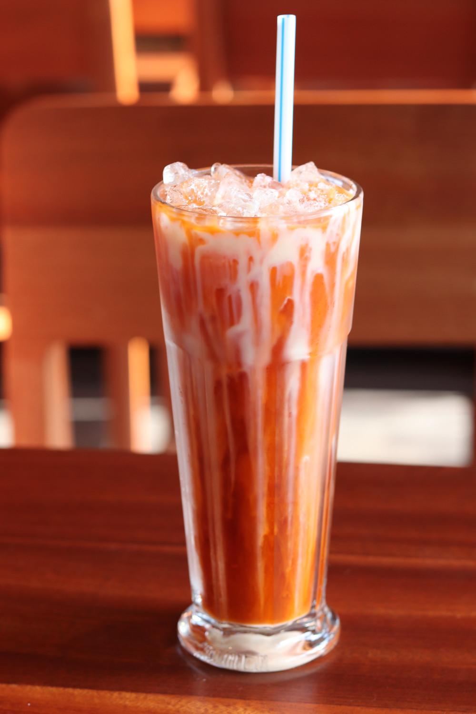 Thai Iced Tea Sway Thai Rock Rose in the Domain I Review I NicoleRiccardo.com
