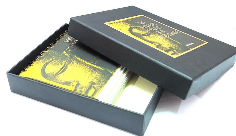 Hard Case Box with Caledar 1.jpg
