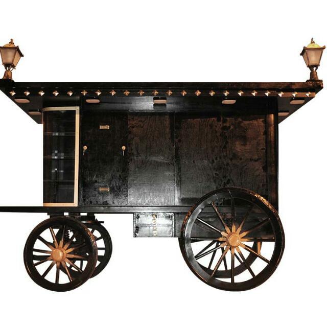Memorabilia cart material 20161214_18473