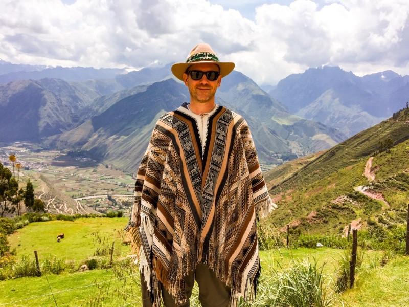 Shaman above the Sacred Valley Peru #coaching #deephealing #energyhealing #selfhealing #deafness #shamanism