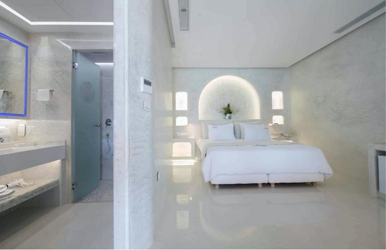 Exclusive Room 2.png