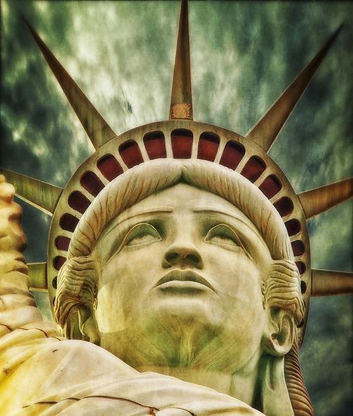 liberty-statue-198887_1920.jpg