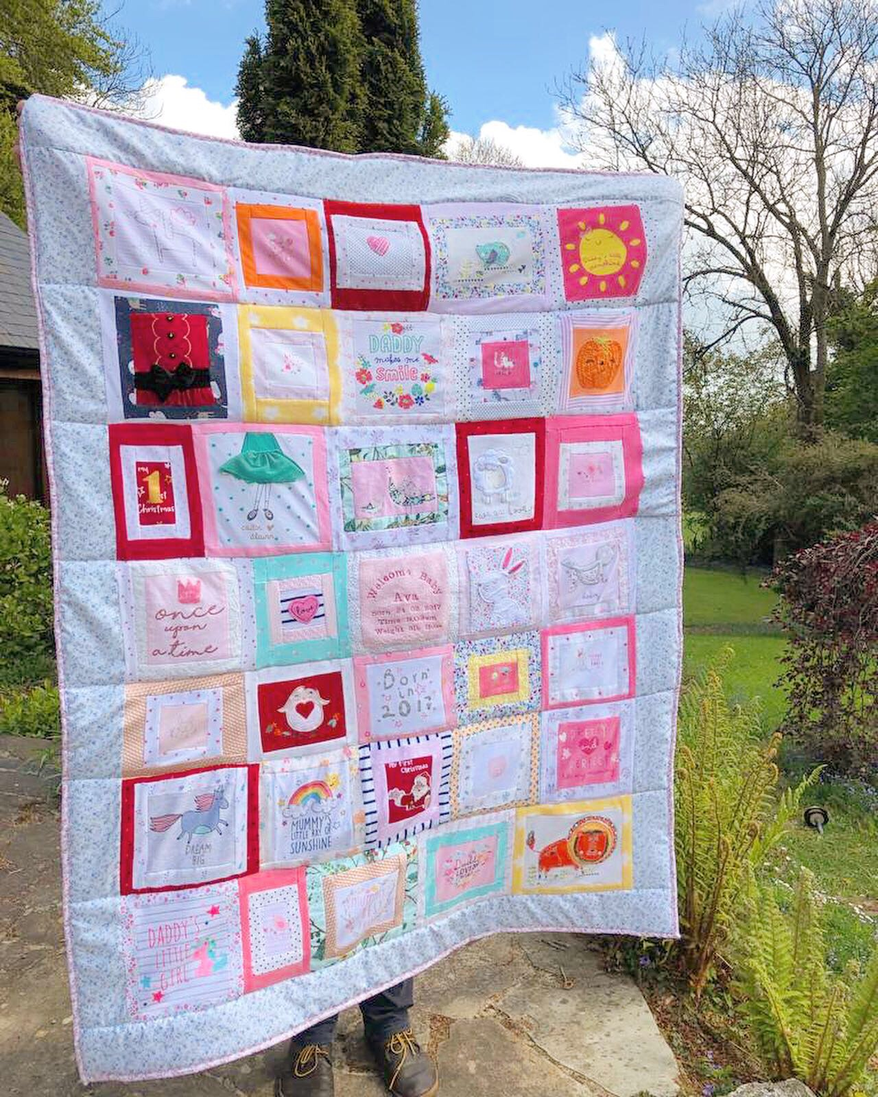 Personalised memory quilt