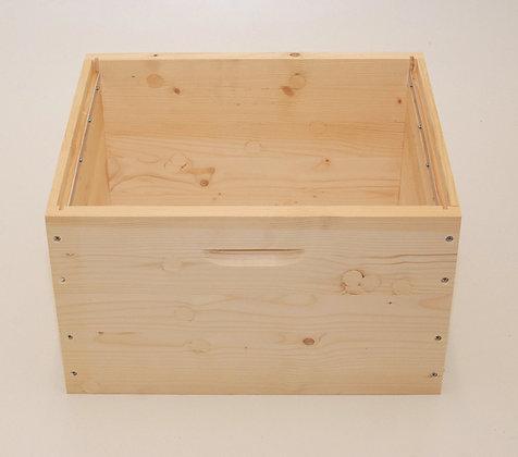 Dadant brood box